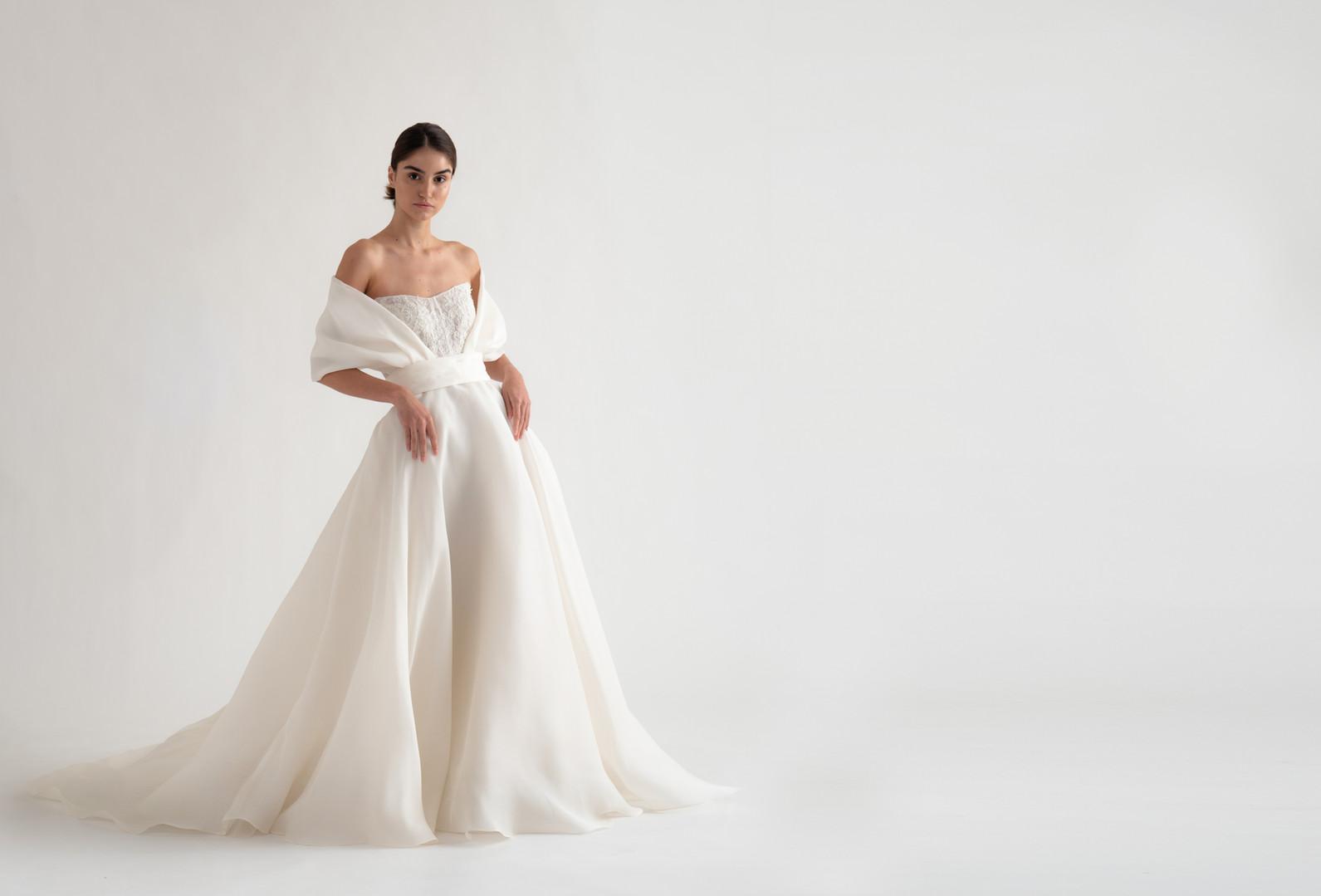 Christina Devine_bridal_Roma Gown ext_6.