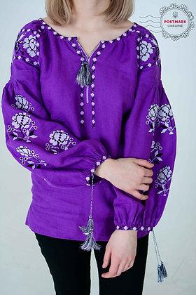 Dyka Troyanda White on Purple