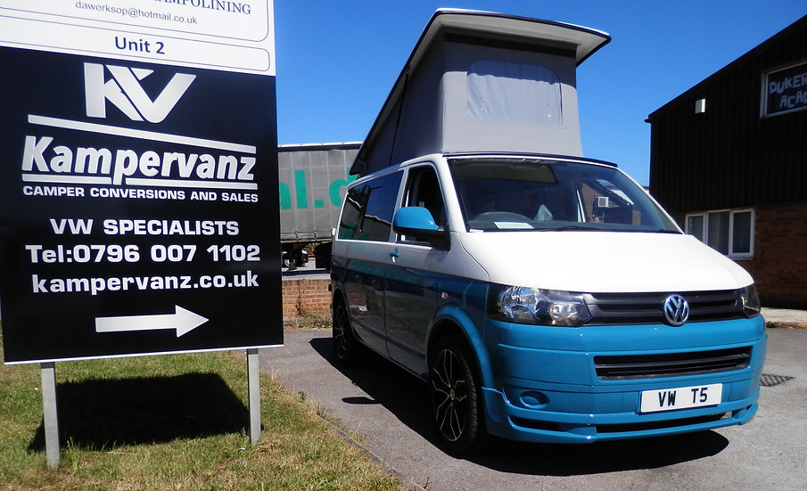 2011(61) VW T5 in Teal over White