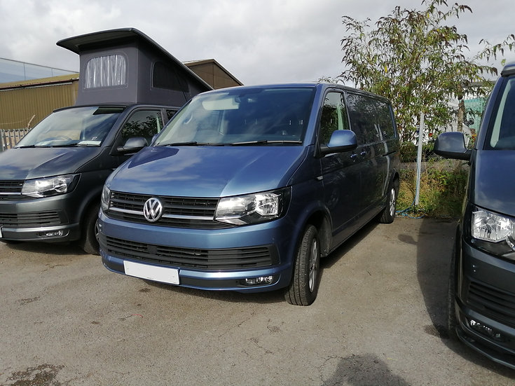2019(19) 150bhp Auto VW T6 in Accupulco Blue - Highline, LWB