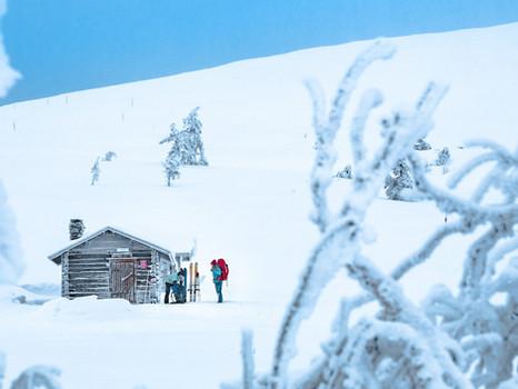 Our Top 5 favorite ways to enjoy Christmas on skis