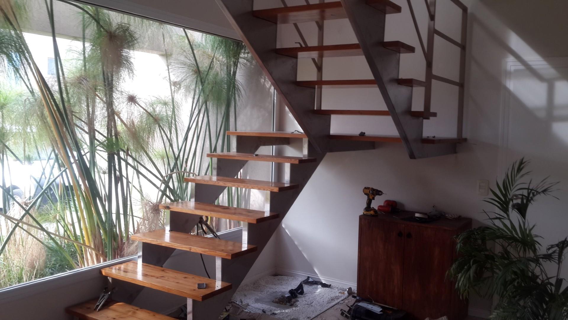 Recubrimiento escalera 2 (Large)