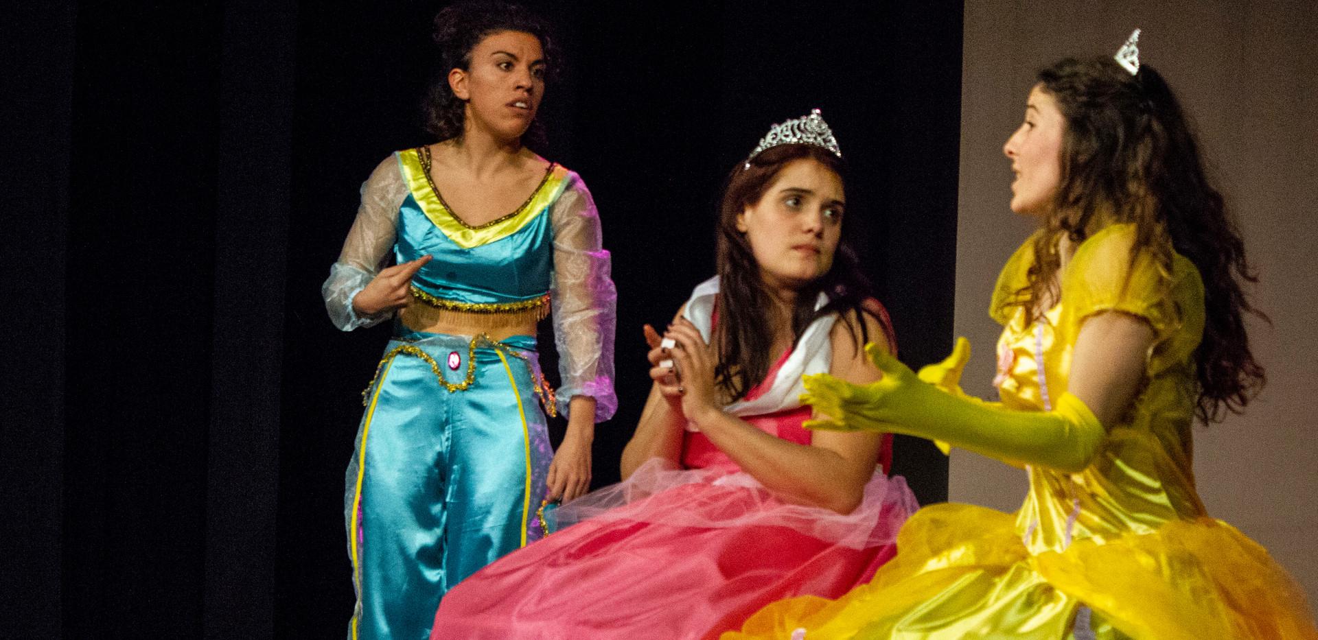 ELLES-Princesses.jpg