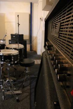 Room_Amp.JPG