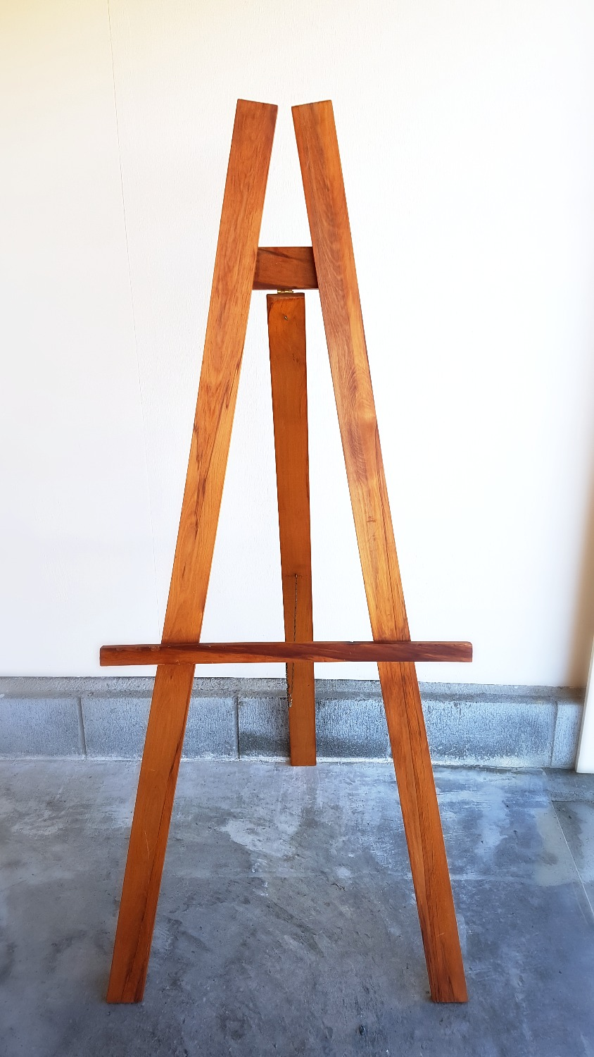 Light Stained Easel