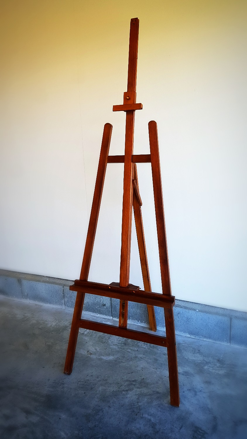 Dark Stained Easel