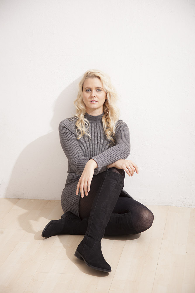 Sängerin Julie Leonheart