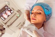 woman-at-medical-examination-EJ6J87Z.jpg
