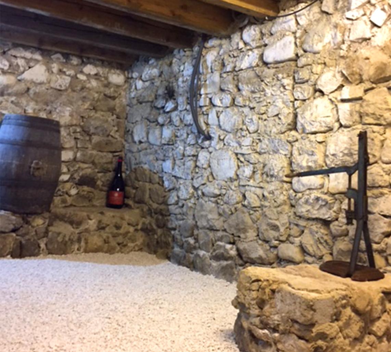 Gîte Romeyer Cave à Dégustations