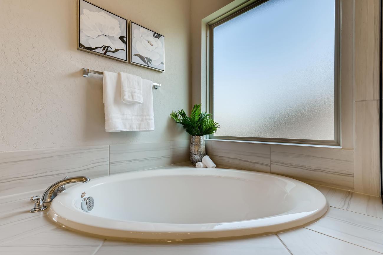 Staged - Master Bathroom