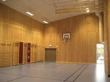 Tillhörande idrottshall