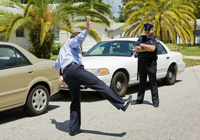 field-sobriety-tests-one-leg-stand.jpg