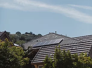 vivint-solar-ZEiFiOsV3K4-unsplash.webp