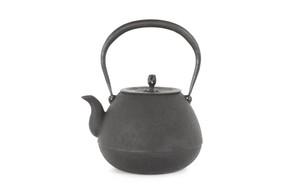 まろやかな美味しいお湯を沸かすことの出来る道具、釜定の鉄瓶
