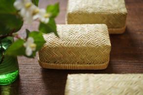 自然の恩恵でもある鈴竹の素朴な美しさや機能性は、暮らしにゆとりと豊かさを感じさせてくれます