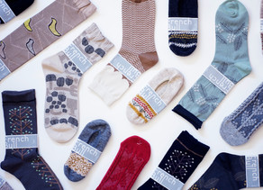 フレンチブルの秋冬の靴下が届いてますよ!