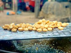 Sladkosti z Kambodže - bonbóny z palmového cukru