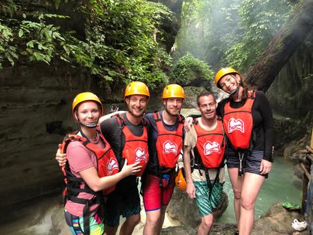 Kaňoning na Filipínách (Kawasan falls)