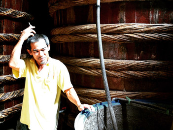 Navštivte ve Vietnamu fabriky na rybí omáčku!