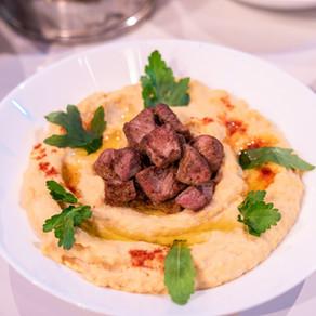 Hommos s grilovaným jehněčím masem - recept