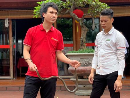 Le Mat, hadí vesnice ve Vietnamu, kde ochutnáte hadí maso, smaženou hadí kůži i hadí krev
