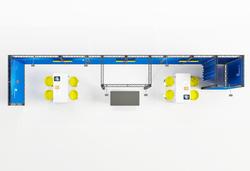 Mobilen Traversenmessestand X-Module Kopfstand mit Kabine, Monitorhalterungen und Messetheke mieten