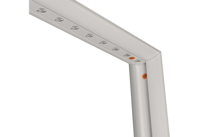 LED-Messestand LED-Leiste-oben