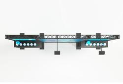 LED-Leuchtkasten in Traversen Messewand 3 m mit Ablagebords, LED-Beleuchtung und Textilgrafiken