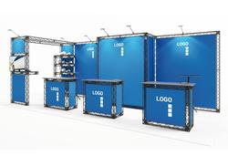 Miet-Messestand als Kopfstand aus modularen Messetraversen mit Präsentationssystemen und Messekabine
