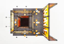 Vogelperspektive X-15 X-Module Messestand Kopfstand