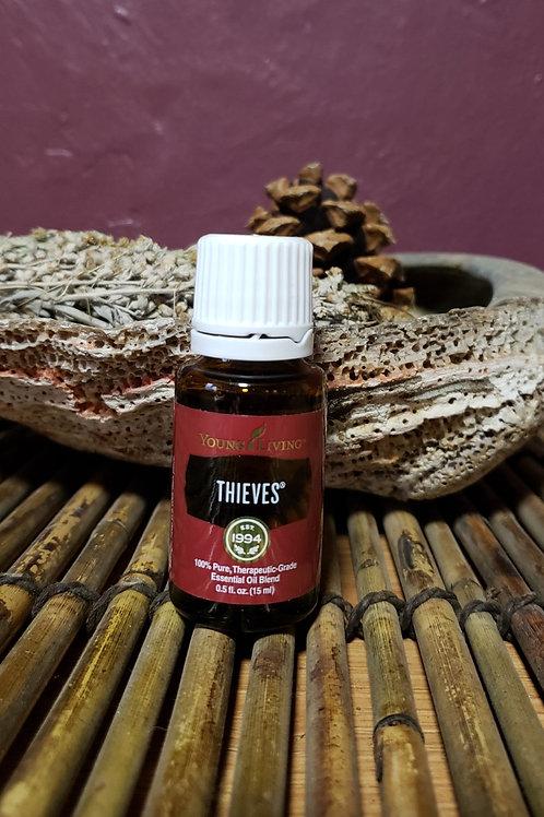Thieves Essential Oil Blend (15 ml)