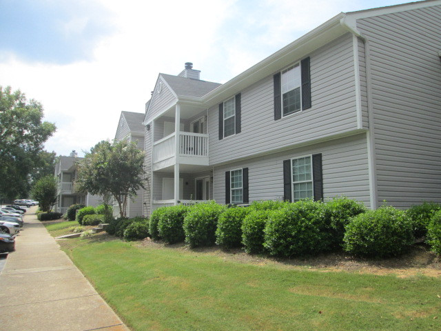 BROOK HIGHLAND PLACE APARTMENTS