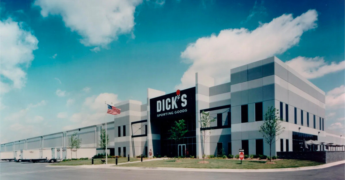 DICK'S SPORTING GOODS EXPANSION