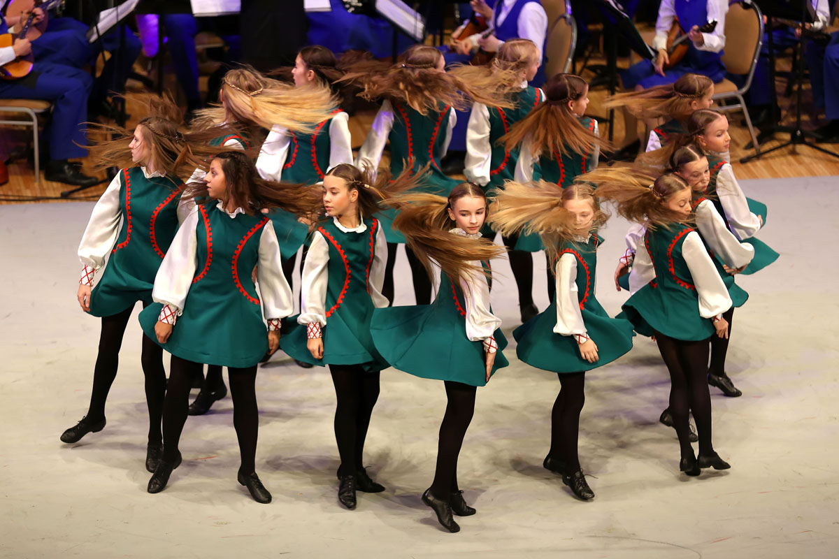 Ирландский танец прогулка по камням