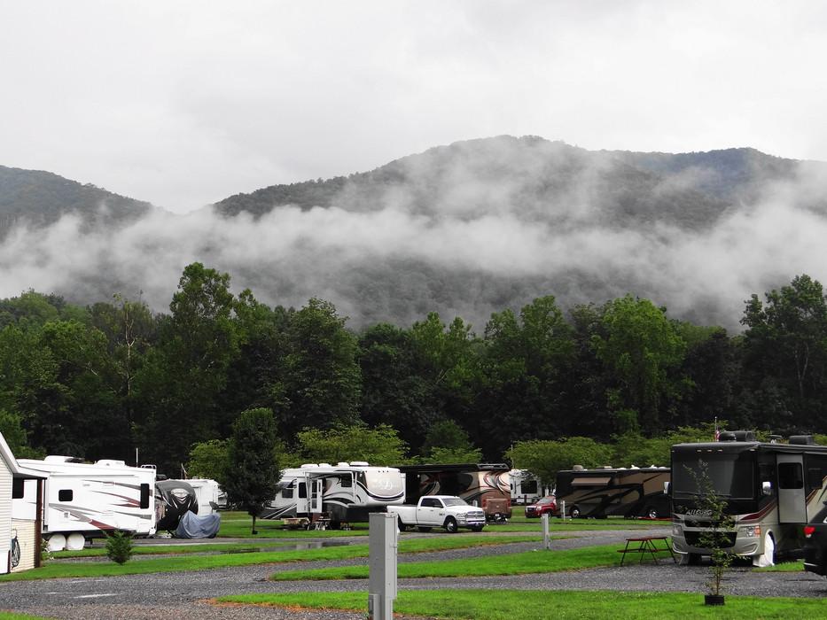Maggie Valley, North Carolina - Cross Creek RV Park, Hikes