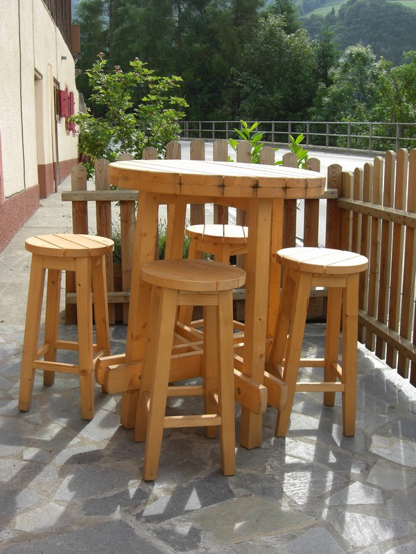 Baumberger table haute