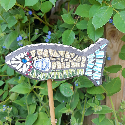 "Dish Fish Cane Topper / Guard ""Pomona"""