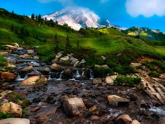 #5 Mount Rainier: Snowiest Place on Earth!