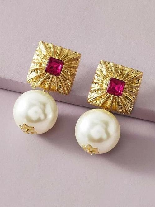 """""""Royalty"""" Faux Pearl Earrings"""