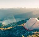 Camping dans les montagnes
