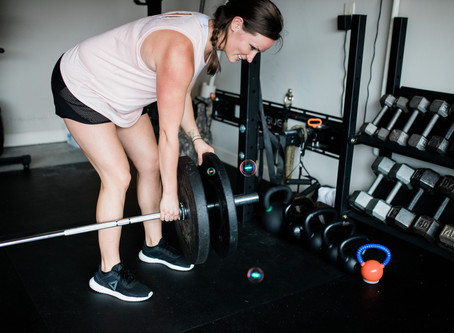 How to Navigate Using a Barbell in Pregnancy