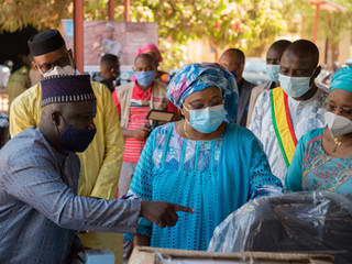 Mali's Minister of Health welcomes medical equipment donated by Muso