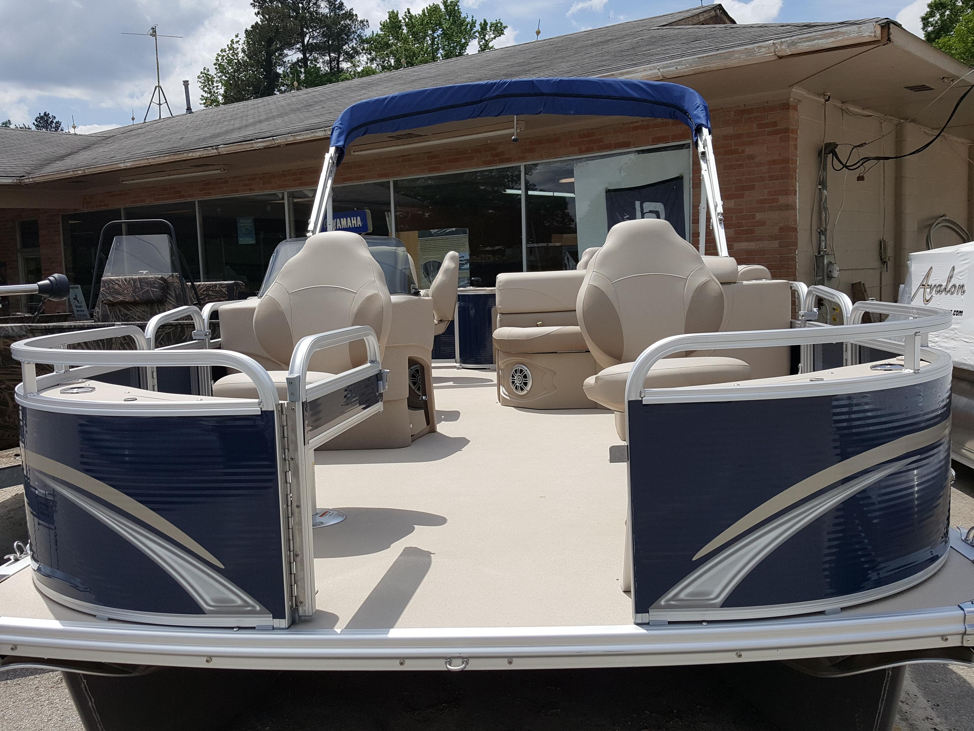 Martins Performance Boating pontoon