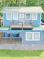Cabins & Camping