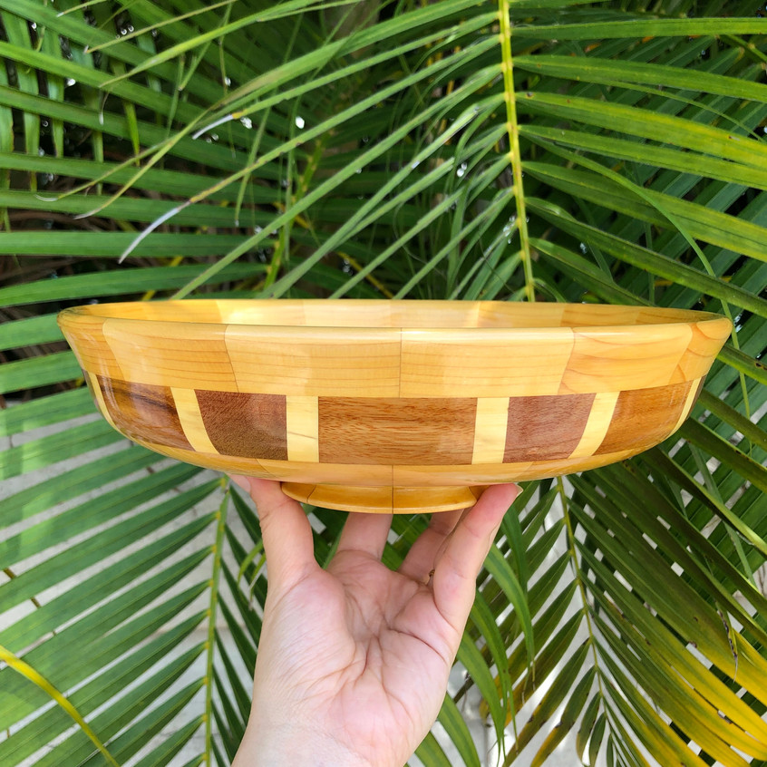 wooden bowl 2017284