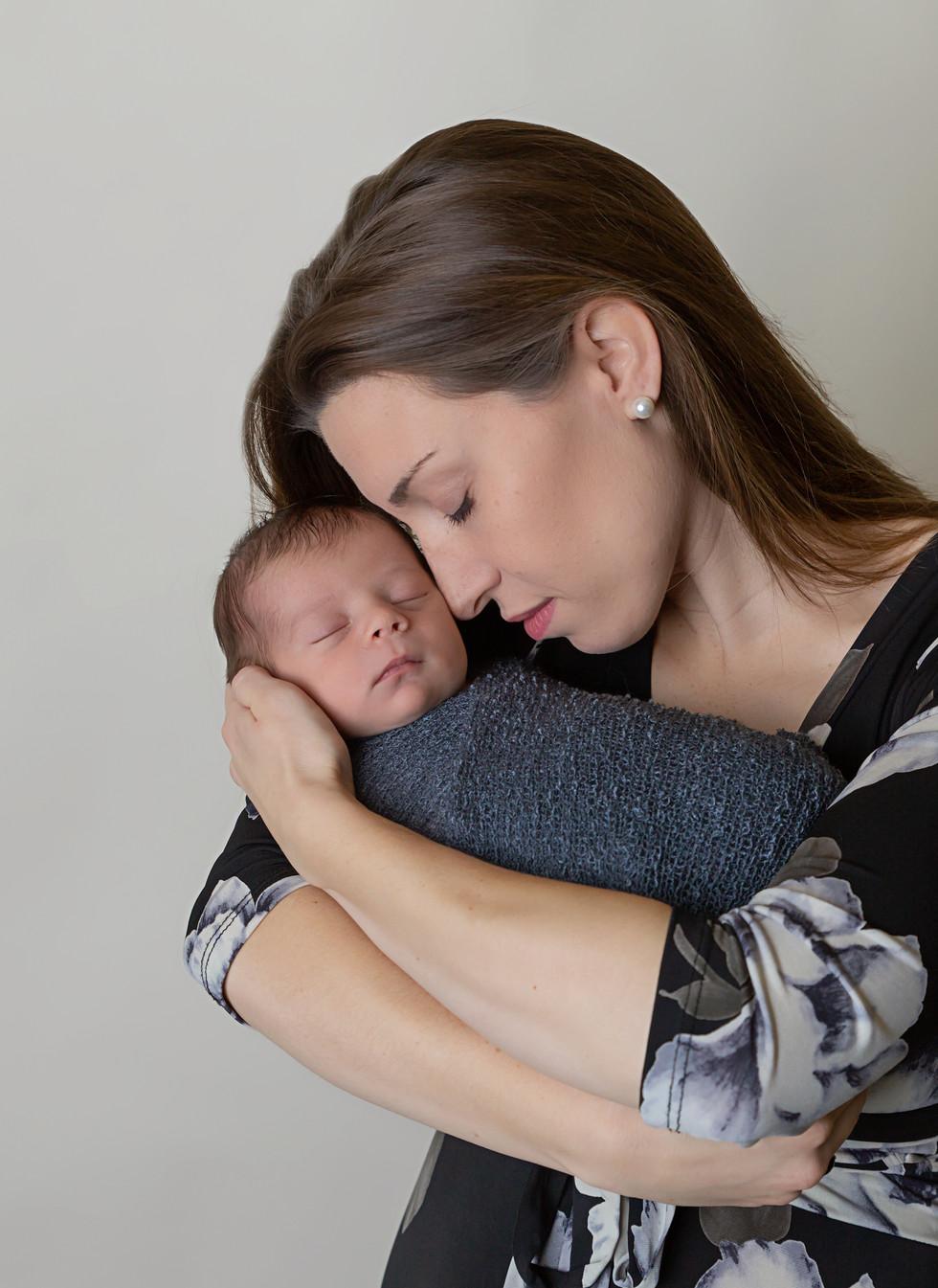 Newborn photographer Clarkston WA
