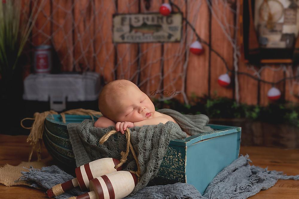 Newborn pictures Moscow Idaho Pullman Washington Lewiston Idaho
