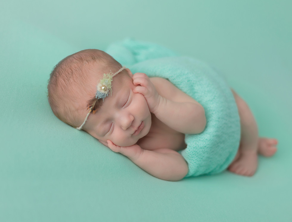 Pullman WA newborn photographer