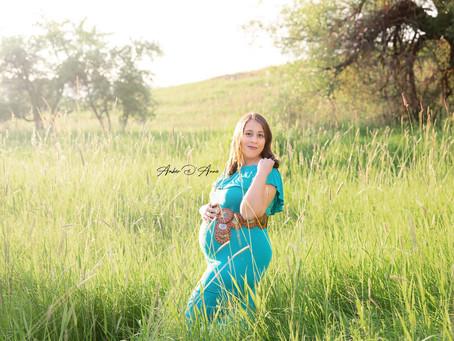 Clarissa and Gabe's couples maternity session | Moscow Idaho maternity photographer