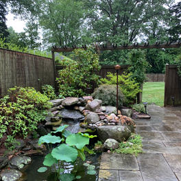 Flagstone Patio w/ Garden Pool
